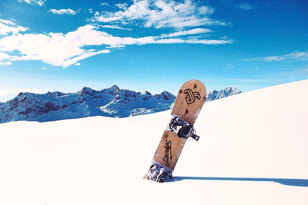 althengstett snowboard vereint design und natur althengstett schwarzw lder bote. Black Bedroom Furniture Sets. Home Design Ideas