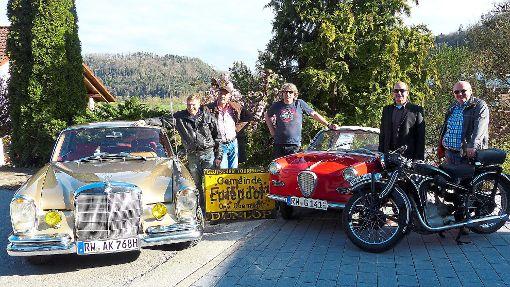 Die Organisatoren des ersten Epfendorfer Oldtimerfrühschoppens sind  zugleich auch Mitglieder in der Bürgerinitiative BlütenBeton.   Foto: Botzenhart