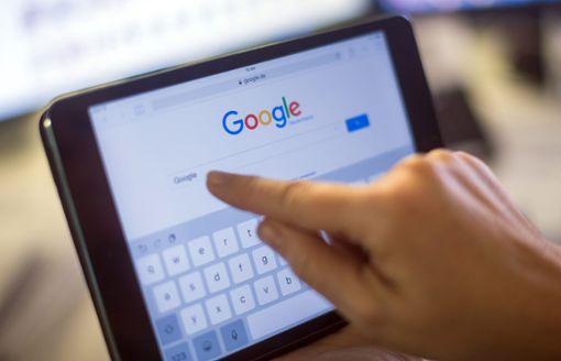 Eltern sollten genau aufpassen, was ihre Kinder im Internet machen. (Symbolfoto) Foto: dpa