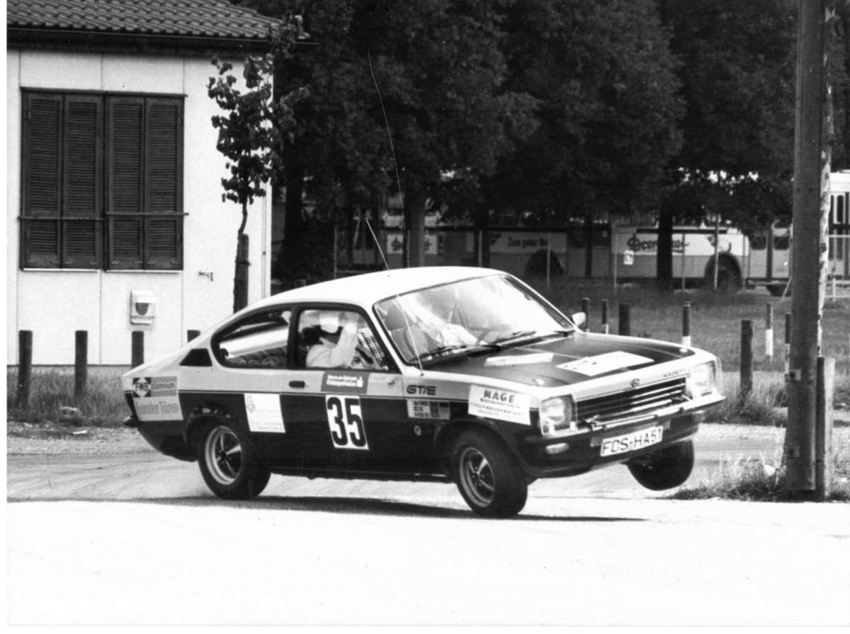 Auch im Kadett C ging es bei den Gebrüdern Gaiser im Jahr 1976 flott vorwärts und seitwärts. Foto: Schwarzwälder Bote