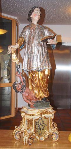 Die Figur des Heiligen Cyriak steht im Foyer des Alternheims.  Foto: Heimpel Foto: Schwarzwälder Bote